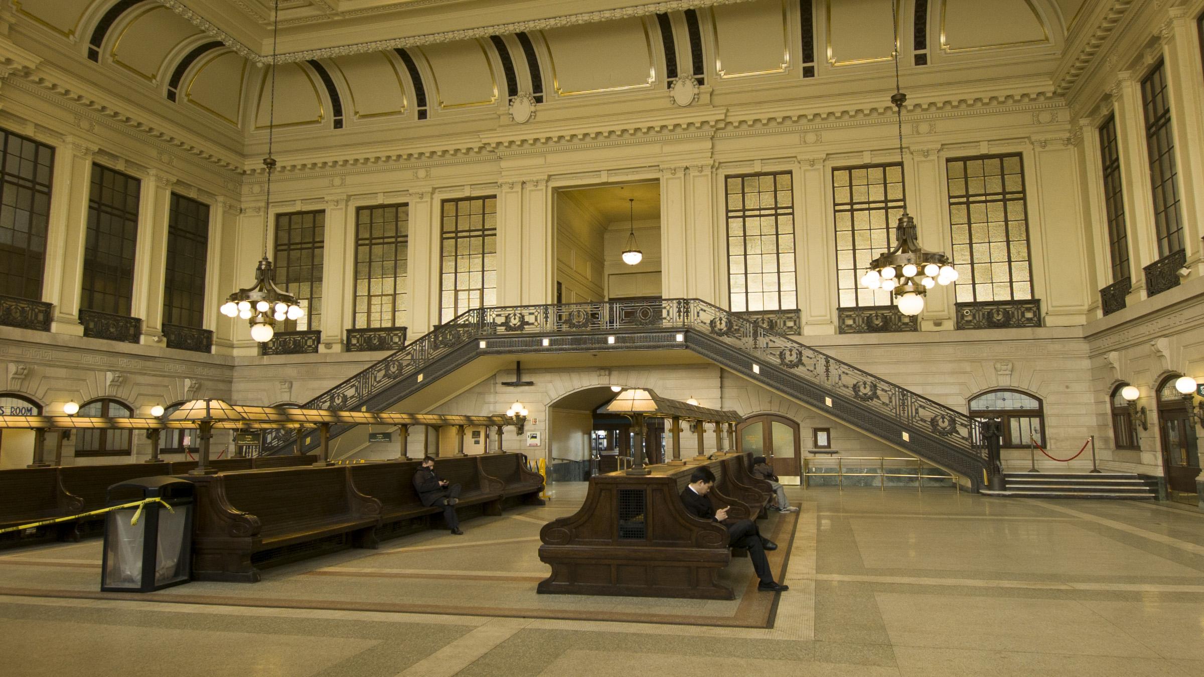 Train station 0439